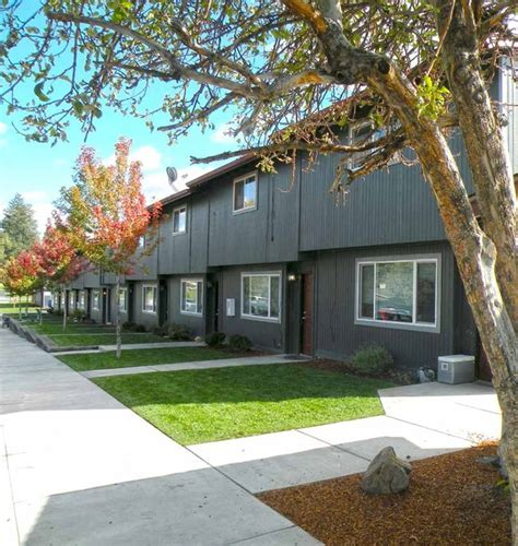 Apartments In Bend Oregon 97701 Orchard Park Apartments Bend Bend Or Apartment Finder