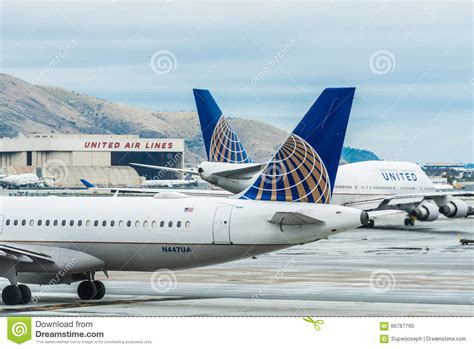 United Airlines Mba Internship by United Airlines Boeing Airplane Editorial Image Image