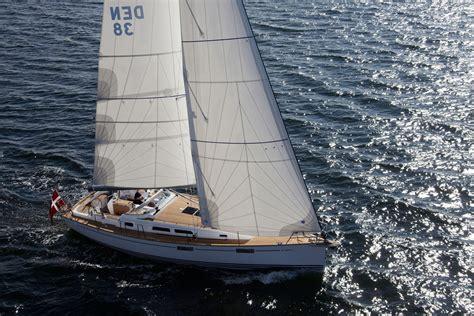 xc  vira yatcilik delphia yachts yelken okulu