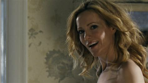 the change up bathroom scene leslie mann