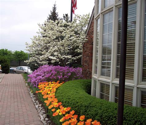 commercial landscaping for health care facilities in