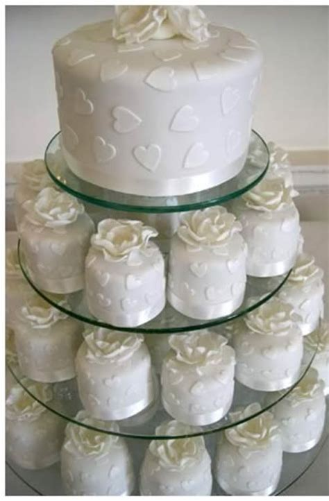 miniature cakes and wedding cake 60 miniature cakes plus a 17 best images about mini wedding cakes on pinterest