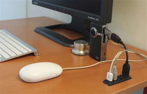 Usb Desk diy desk embedded usb hub puts usb ports at your fingertips lifehacker australia