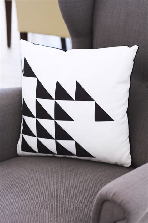 Shutterfly Pillow by Diy Decorating With Shutterfly Kristi Murphy Diy Ideas