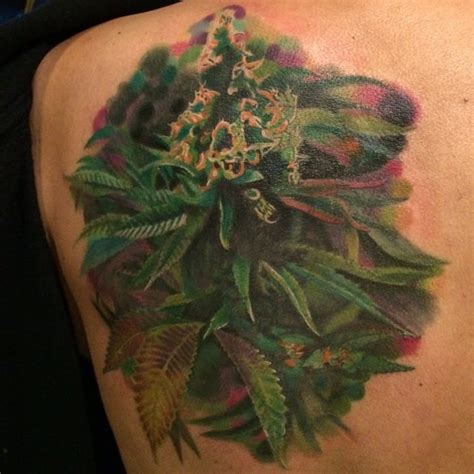 weed plant tattoos 16 stoned tattoos tattoodo