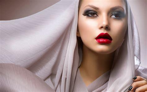 wallpaper girl makeup make up girl fashion wallpaper 2560x1600 20284
