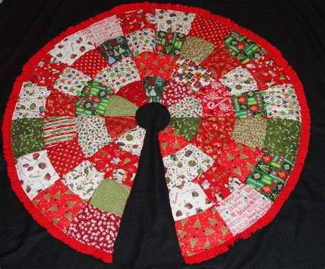 christmas tree skirt pattern by elainescatterbrain on etsy