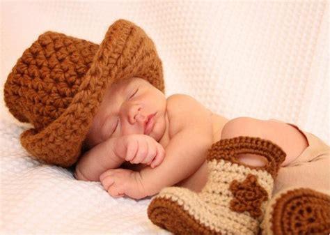 como tejer un sombrero cowboy de bebe a crochet botas cowboy a crochet para beb 233 s simple crochet