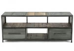 meubles metalliques