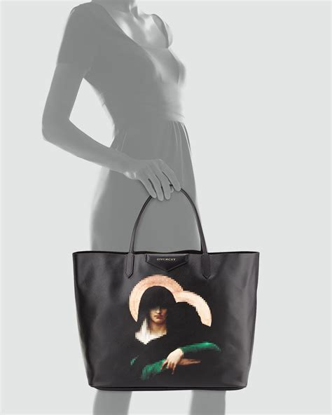 lyst givenchy antigona large madonna tote bag in black