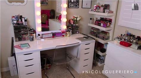 Guerriero Makeup Vanity by Guerriero Vanity Desk Mirror Vanity