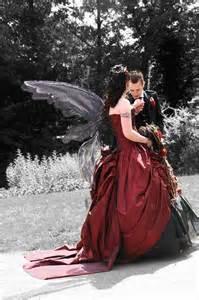 Plus Size Black Wedding Cake And Black Wedding Dresses Weddbook