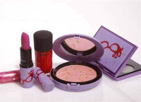 Edna Outer mac cosmetics x dame edna everage nitrolicious