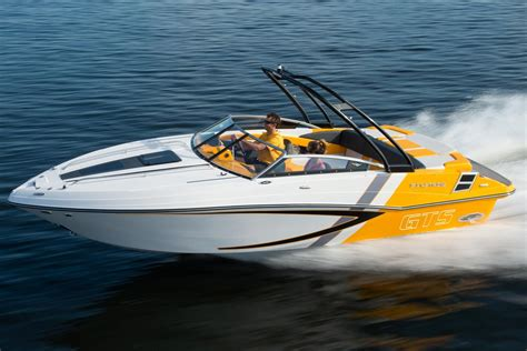 glastron boat dealers ny 2017 glastron gts 229 power boat for sale www yachtworld