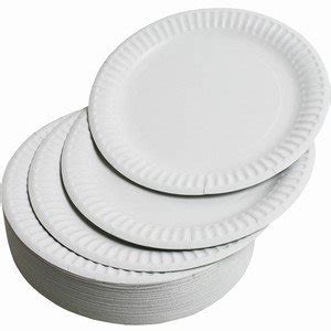Reviews Of Kitchen Knives by Paper Plates Large Pack Of 100 Amazon Co Uk Kitchen