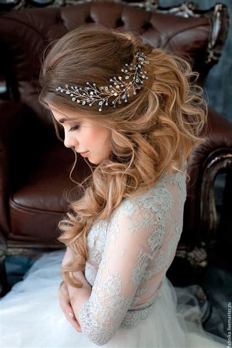 Best Boho Wedding Hairstyles by Best 25 Bohemian Wedding Hairstyles Ideas On