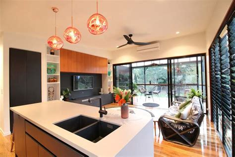 modern tropical home   granny flat   hip