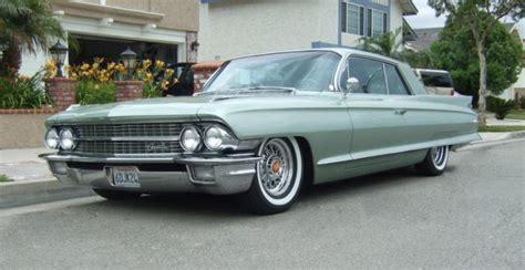 Cadillac Coupe 1962 The Top 10 Luxury Cars Of The 1960s