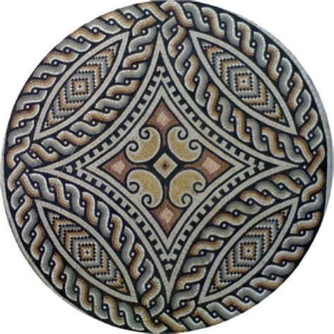 tavoli in ferro battuto e mosaico tavoli da giardino in marmo e ferro battuto musivarius