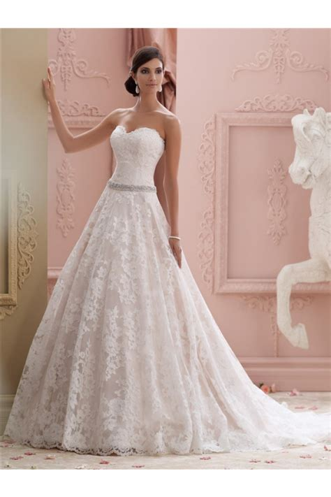 ball gown strapless vintage wedding dress with