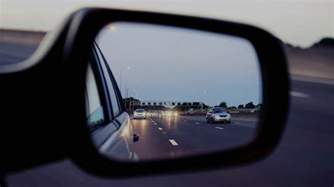 tips   mirrors  driving    safe car  japan