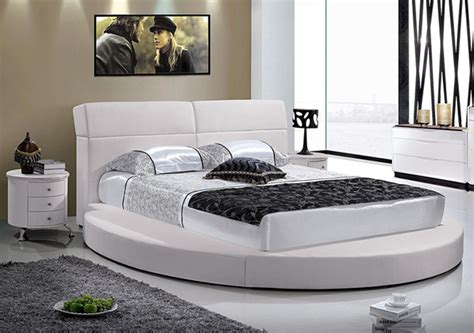 circle beds 15 stylish and gorgeous round bed designs bedroomm