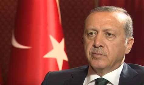 erdogan born in turkey rounds up 283 members of president s guard in post