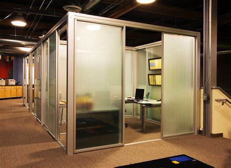 a glass panel torquay is the new way to give your office