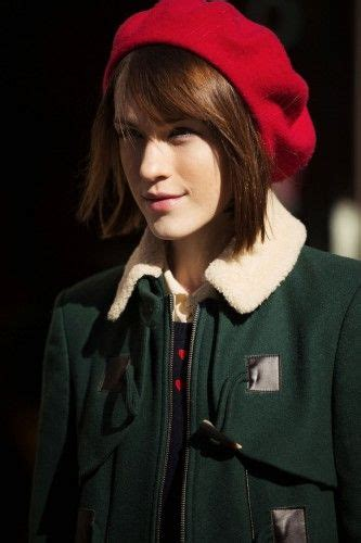 how to wear a beret with bangs beaty trends for fashion week 2014 berets fashion weeks