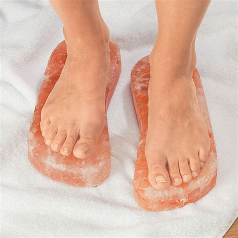 Himalayan Salt Foot Detox L by Himalayan Salt Detox Blocks For 1 Pair Walter