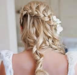 coupe de mariage cheveux coiffure mariage tresse et