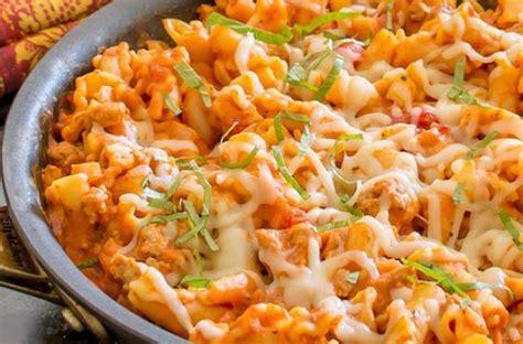 easy dinner recipes foodista easy dinner recipe skillet lasagna