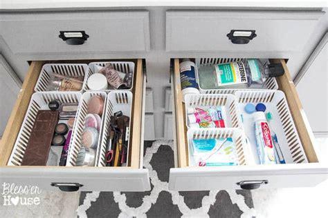 7 Organizing Tips For Your Bathroom by Dollar Store Bathroom Drawer Organization The Summery