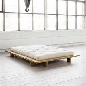 bett 140x200 ohne kopfteil futonbett calencio aus kiefer ohne kopfteil pharao24 de