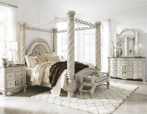north shore canopy bedroom set cassimore north shore pearl silver upholstered poster