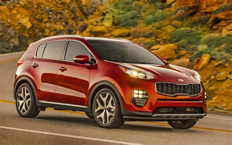 Kia Crossover Kia S Redesigned Sportage Compact Crossover Arrives For