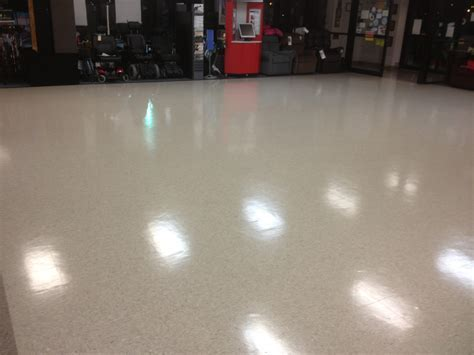 How to Make Wood Floors Shine   Contractor Quotes