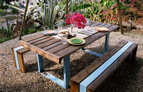 Backyard Table 7 Diy Outdoor Pallet Table Pallets Designs