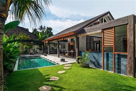 Chalet Bungalow Floor Plans Uk shaking up the routine modern tropical villa in bali