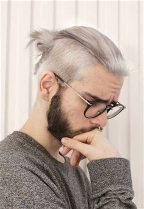 hipster topknot 10 stylish hipster hairstyles