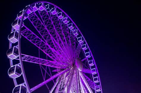 Bedak Ee Fair N Pink Ferris Wheel On