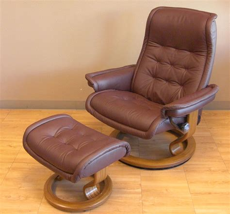 reclining chairs with ottoman recliner massage chair with ottoman compare recliner