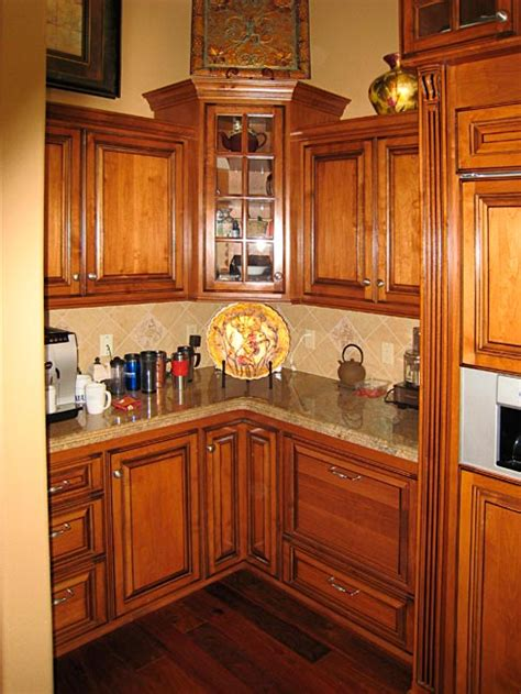 Pictures Of Custom Kitchen Cabinets by Custom Kitchen Cabinets Corner Cabinets