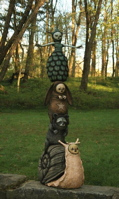 statues pour jardin 25 best ideas about totem pole craft on american totem poles totem poles