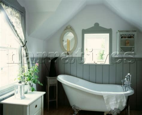country bathroom with tongue and groove panelling modern country style colour study farrow and ball
