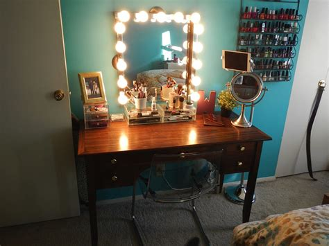 Style Vanity Mirror With Lights by New Vanity With Style Mirror And Lights