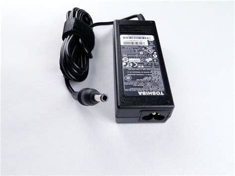 Charger Adaptor Acer Model Adp 65jh Bb Original genuine original toshiba adp 65jh bb 19v 3 42a 65w ac power supply charger