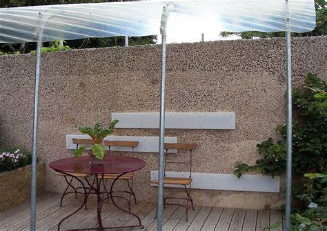 mediterraner sichtschutz terrasse l 228 rmschutzwand mediterraner garten mit terrasse und
