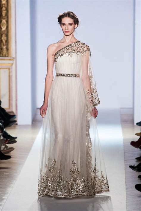 zuhair murad i walk into the room in gold evening gowns from zuhair murad