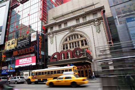 film drama new york bedbug scare at times square s amc empire 25 theater ny